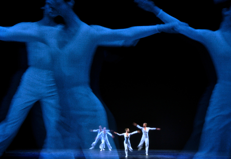 The Arts Arena International:  Visual Arts Minimalism: What Impact on Contemporary Dance?